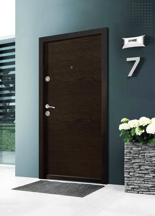 Правите ли грешка при закупуване на блиндирана врата за къща без UV защита